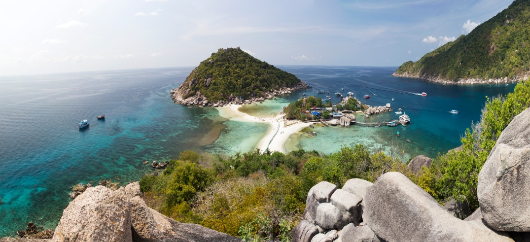 Koh Nang Yuan (near Ko tao). Flickr, Joan Fruitet