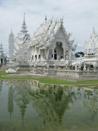 The White Temple in Chiang Rai. Source: Flickr, garycycles