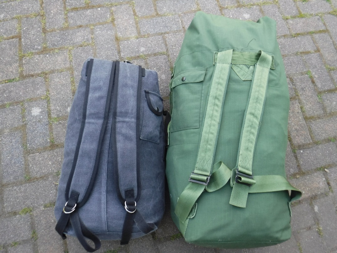 US Army (style) duffle bags