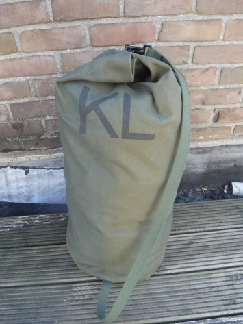 Alarm sack (Dutch Army) 01