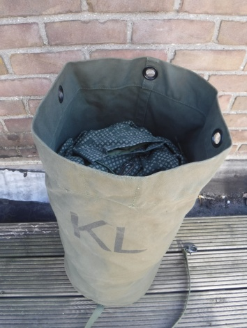 Alarm sack (Dutch Army) 02