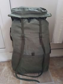 French F2 backpack 04