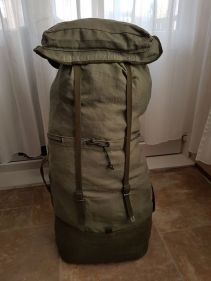 French F2 backpack 07