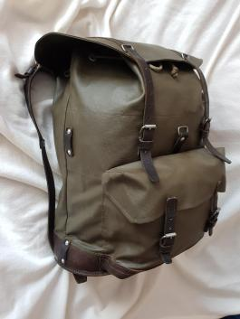 Swiss Army Military waterproof rubberized canvas and leather Backpack Rucksack 01